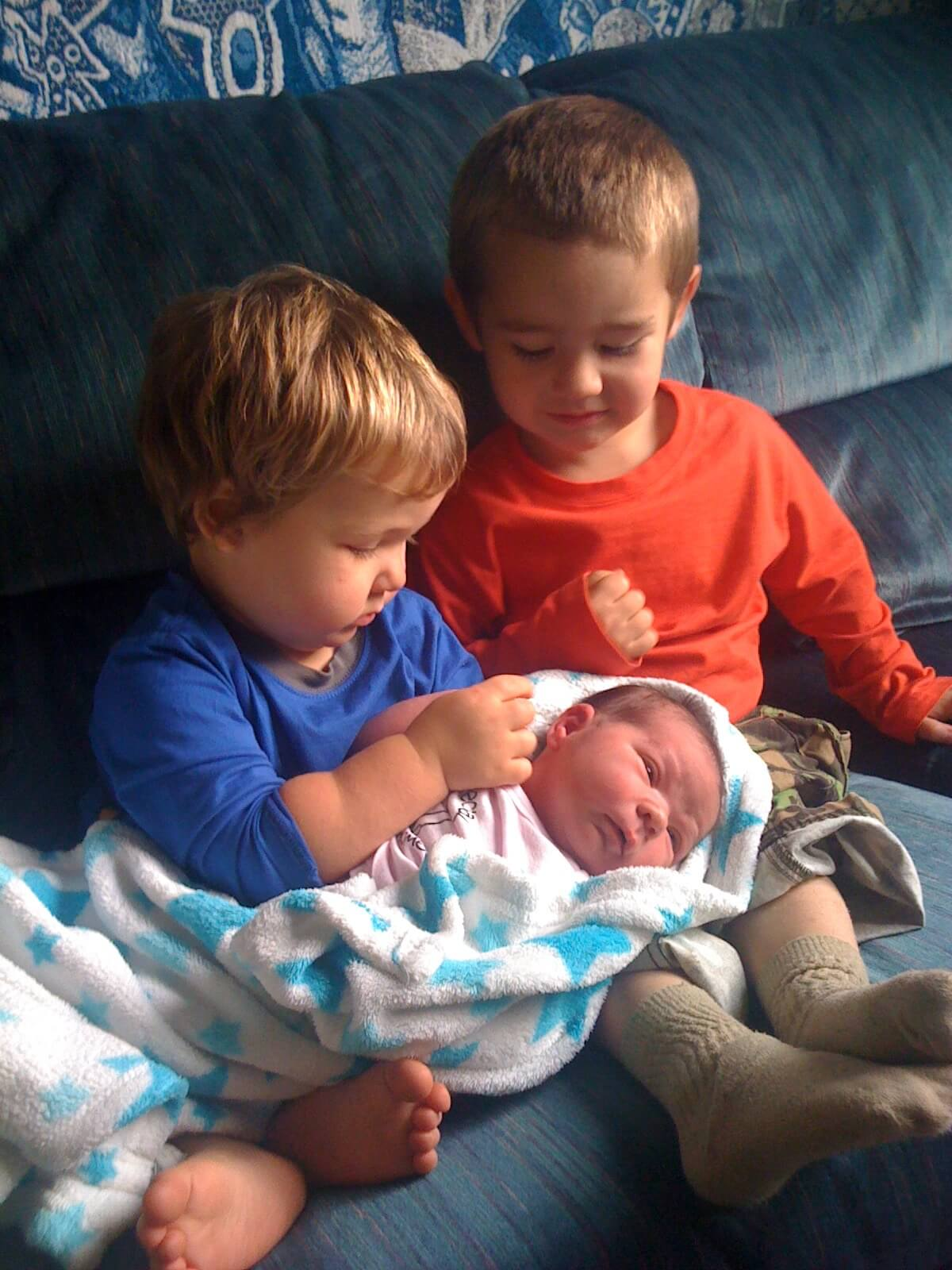 Baby Freya with older brothers